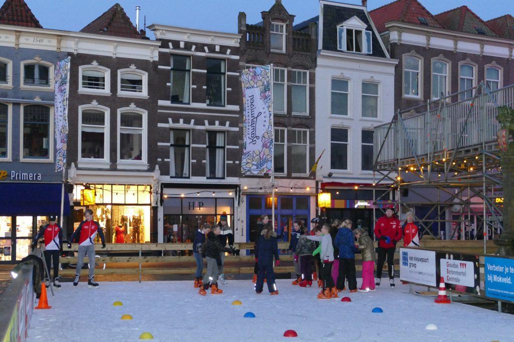 Schaatsclinics Goudse ijsbaan markt SC Gouda