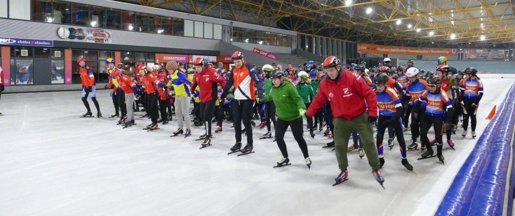 Ererondje Jeugdschaatsen op de Uithof Den Haag SC Gouda